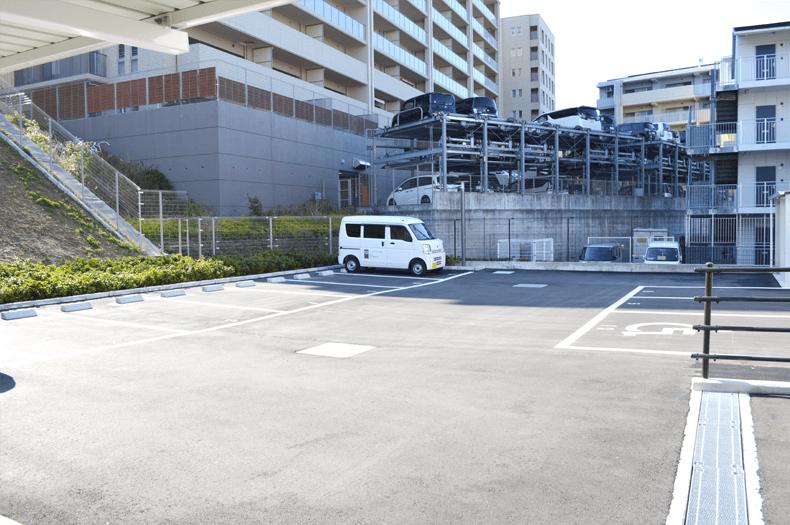 ふじた整形外科駐車場