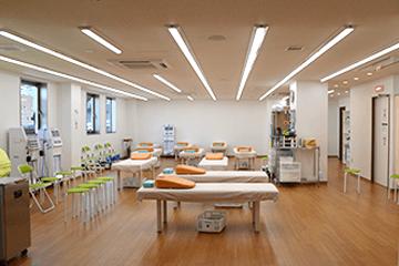 吹田 千里山のふじた整形外科・設備紹介ページの写真コーナー。リハビリ室です。