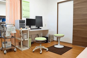 吹田 千里山のふじた整形外科・設備紹介ページの写真コーナー。第一診察室の様子です。